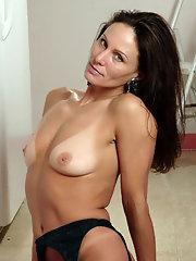 Mature brunette porn